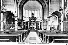 1973-266 Het interieur van de kerk van de H. Laurentius en Sint-Elisabeth in de Mathenesserlaan.