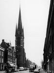 1974-662 De kerk van de Allerheiligste Verlosser aan de Goudse Rijweg (123 t/m 125), uit het westen.