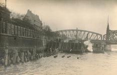 1975-2067,-2068 De Boompjes aan de Nieuwe Maas.Verbreding van de kade in verband met de verbinding met de ...