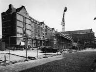 1975-706 Het Raam, links het Stadstimmerhuis in aanbouw.