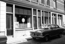 1976-1276-TM-1279 Gezichten op de Bloemstraat:-1276: nummers 30 en 32;-1277: op de achtergrond de Mediese ...