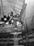 1976-1585 Filmopnamen in de snuifmolen 'De Ster' aan de Plaszoom.
