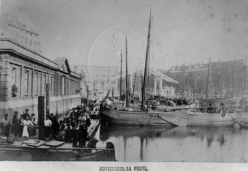 1976-1618 Gezicht op de Blaak.Links de Zeevischmarkt (vervangen in 1880), in het midden de houten Keizersbrug ...