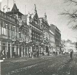 1976-410 De Coolsingel met in het midden schouwburg Tivoli.
