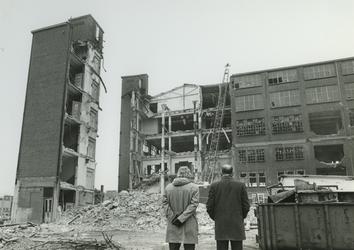1980-2122 Sloop pand van de voormalige fabriek van Jamin aan de Hugo de Grootstraat.