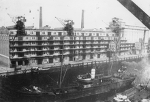 1987-2411 Pakhuis Sint Job van de firma Blaauwhoedenveem aan de Sint-Jobshaven.
