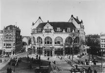 1988-2871 Het Hofplein met rechts Station Hofplein van de ZHESM (Zuid-Hollandsche Electrische Spoorweg-Maatschappij) - ...