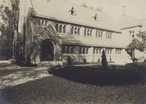 1989-3069 Gezicht op de Waalse kerk aan de Boshoek.