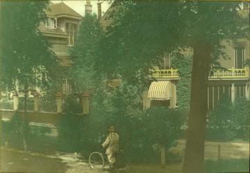 1989-754 'Villa Jacoba' aan de Vijverweg, nabij de Honingerdijk.