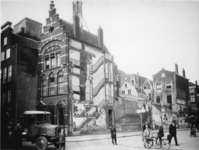 IX-1935 Het gedeelte van de Meent ontstaan door de doorbraak Lange Torenstraat - Oppert.
