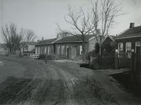 IX-2137 De huizen aan de zuidzijde, van de Nieuw Terbregseweg in oostelijke richting vanaf nr. 167, uit het noordwesten.