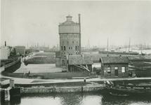 IX-2227-01 Schiemond. Oostkousdijk met watoren van Delfshaven.