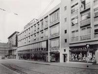 IX-467-22 Het Bulgersteyn.Op de achtergrond de Rotterdamsche Bank aan de Coolsingel.