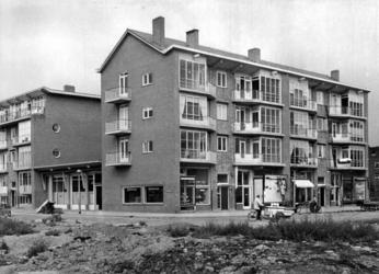 IX-840-01 Frits Ruysstraat hoek Gerdesiaweg vanuit uit het zuidoosten.