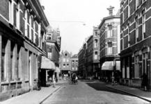 IX-842-01-01 Gezicht in de Gaffeldwarsstraat met de eerste zijstraat links en rechts de Sint-Mariastraat en de tweede ...