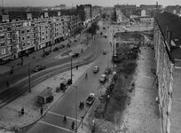 IX-962-71-01 De Goudsesingel, rechts de Mariniersweg, gezien vanaf het flatgebouw op de hoek met de Meent.