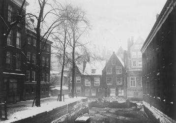 VII-169-01 Het Groenendaal, gezien vanaf de Nieuwehaven.