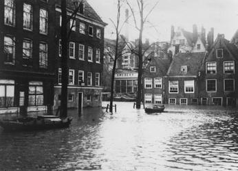 VII-169-02 Het Groenendaal, gezien vanaf de Nieuwehaven.