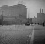 XIV-319-01 Sint-Jobsweg met op de achtergrond het pakhuis Sint Job aan de Sint-Jobshaven.