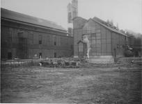 XV-90 Watergasfabriek van de gasfabriek aan de Galileistraat / Keilehaven tijdens uitbreidingswerkzaamheden.