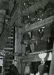 XVIII-110-04 De klokken, een deel van het carillon, van de Laurenskerk