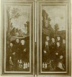 XVIII-135 Interieur van de Sint-Laurenskerk.Twee vleugels van het altaardrieluik dat gestaan heeft in de kapel van de ...