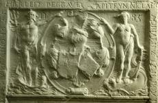 XVIII-151 Grafzerk van kapitein Nicolaas Adriaenz den Bout in de Sint-Laurenskerk.