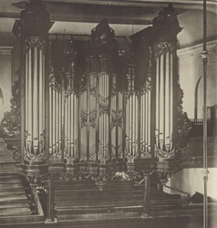 XVIII-294-00-02 Orgel in de Lutherse kerk aan de Wolfshoek.
