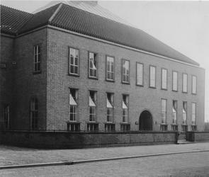 XXI-90-2 Gemeentebibliotheek aan de Kuipersstraat.