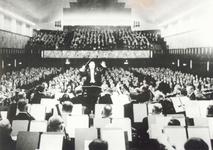 XXIII-23-00-00-02 Concert van het Rotterdams Philharmonisch Orkest in de gerestaureerde zaal van De Doelen/Sociëteit de ...