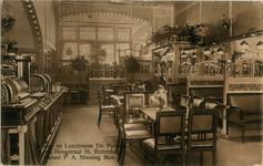 XXIV-42-01 Interieur van bodega en lunchroom Du Passage aan de Korte Hoogstraat.