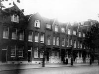 XXV-221-02-03 Huizen aan de Graaf Florisstraat nummers 38 t/m 48.