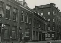 XXV-563-00-02 De bebouwing in de Rubroekstraat bij de Nieuwe Crooswijkse Dwarsstraat.