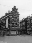 XXV-610-12 De Schinkelstraat, en rechts de Vlietkade.