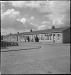 1006 Het Brabantse Dorp in de omgeving van het Zuidplein. Nooddorp voor Rotterdammers die hun woning verloren bij het ...