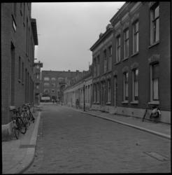 3738 De Slachtstraat met op de achtergrond de Vlietkade.