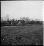 759 Weiland aan het eind van de Strekkade, tegenwoordig het Pr. Beatrixplantsoen. op de achtergrond de Bergse Dorpsstraat.