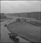 946 Autoverkeer op de Mijnsherenlaan gefotografeerd in zuidwestelijke richting.