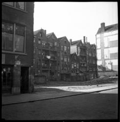AO-151 Rubroekstraat in het midden de Hendrikstraat, achterzijde van de woningen aan de Frederikstraat.