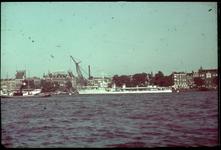 20 Nieuwe Maas, Maaskade. Aan de kade twee vermoedelijk Franse Torpedobootjagers van de La Melpomène klasse van de 11e ...