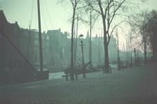 64 Scheepmakershaven, met op de achtergrond rechts de Rederijbrug.