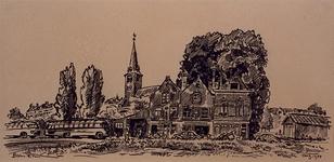 1985-1604 Oude huisjes aan de westzijde van de Baan. Op de achtergrond is de Waalse Kerk te zien.