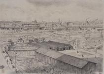 IX-1343-10-1 Graafwerk op het Hofplein en omgeving. Op de voorgrond houten loodsen, op de achtergrond het ...