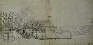 XIV-56 Gezicht op de Zeevismarkt met Soetenbrug en Lutherse Kerk uit het westen.