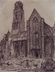 XVIII-82-03 Gezicht op de Grote Kerk na het bombardement uit het zuiden.
