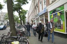 GG-38 Optocht marchingbands op de Nieuwe Binnenweg, ter gelegenheid van 31ste editie Taptoe Mijdrecht.