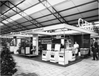 1967-976 Voorlichtingsstand van het Gemeente-Energiebedrijf op de huishoudbeurs Femina in de Ahoy'-hal.