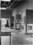 1968-2140 Tijdens de opening van de Bijenkorf-kunstkoopcollectie, is een permanente verkoopexpositie van moderne kunst.