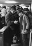1968-429 Drukte tijdens de opening van de metro,