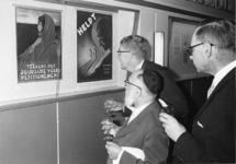 1968-900 De opening van de tentoonstelling: 350 jaar Joodse Gemeente in Rotterdam, in het Gemeentearchief. In de ...